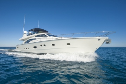 Which Boat Cover Material Best Suits My Needs?